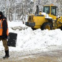 Чистим улицы от снега вместе